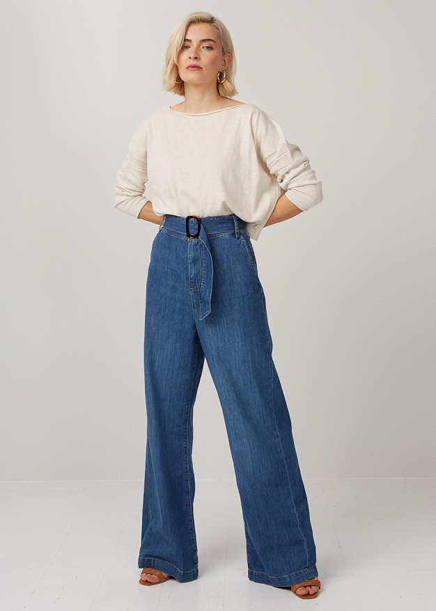 High waisted wide leg jeans with belt