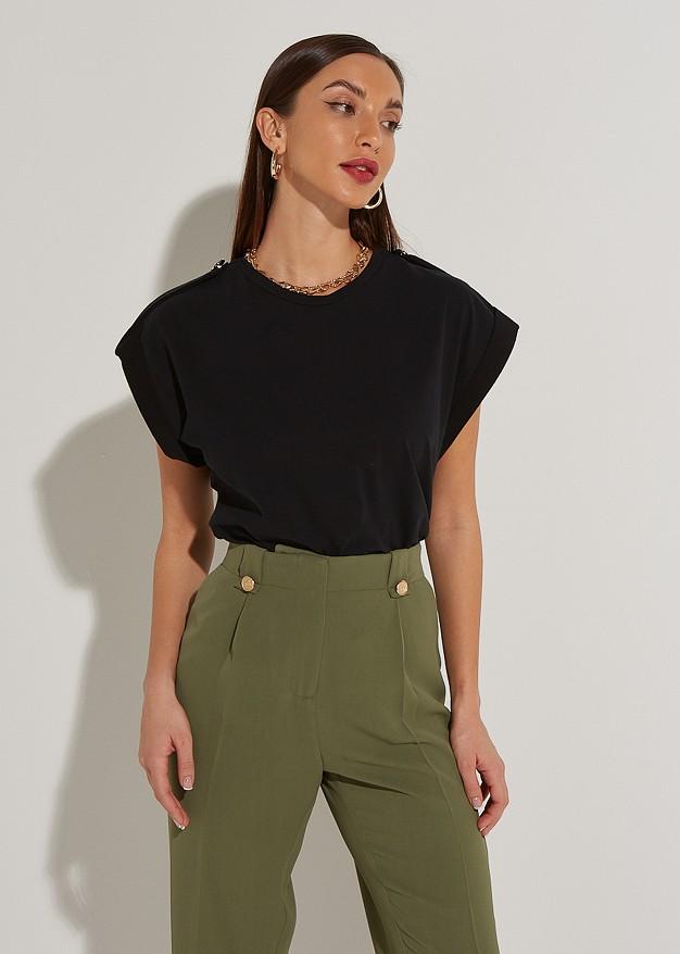 Блуза с къс ръкав и подгъв