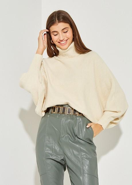 Скъсен пуловер с поло яка