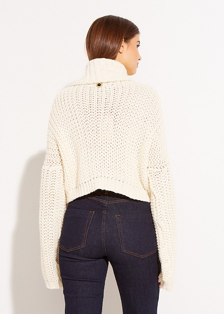 Къс пуловер с поло яка
