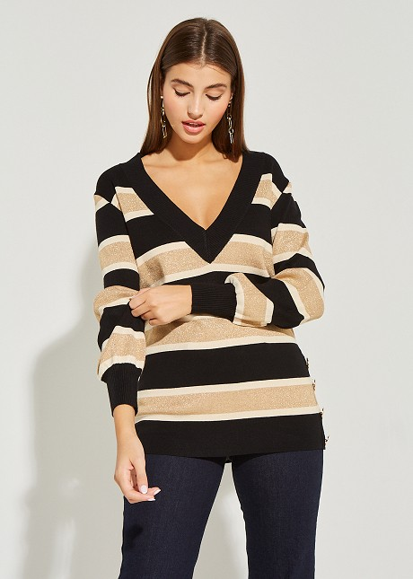 Knitted blouse striped