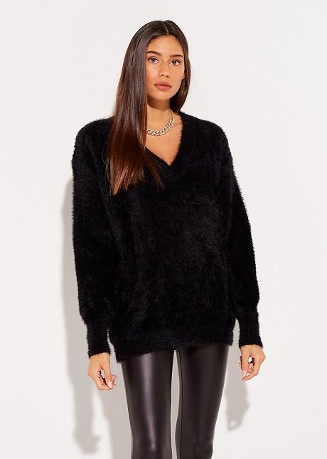 Fluffy sweater with V-neckline
