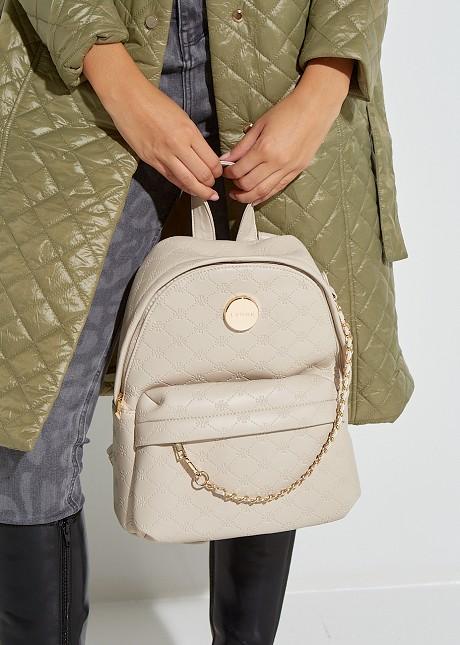 Ανάγλυφη τσάντα πλάτης