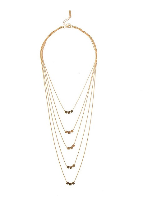 Necklace with geometric shape beads