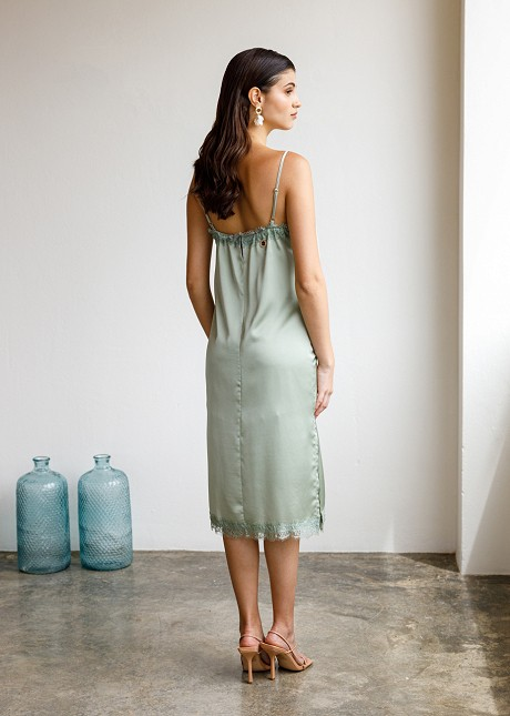 Φόρεμα με broderie λεπτομέρειες