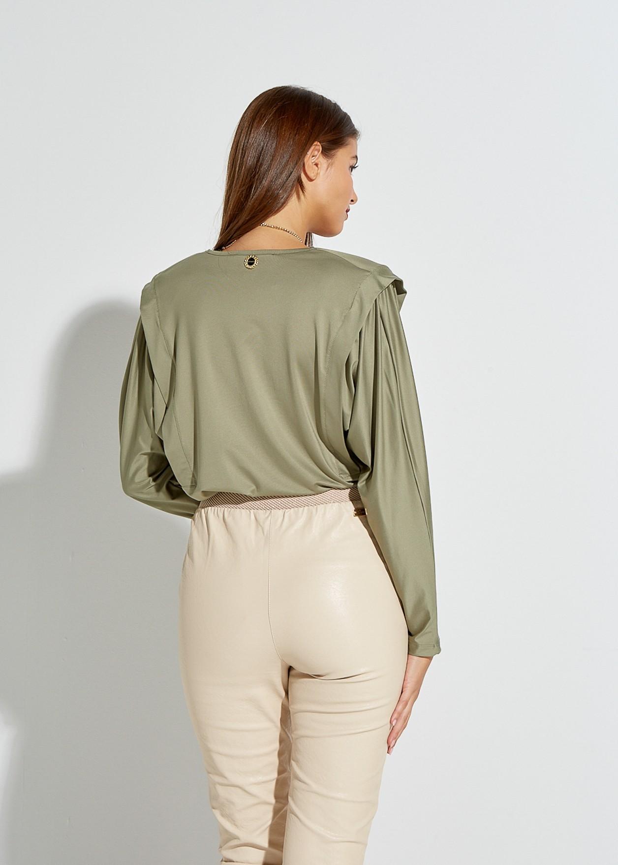 Блуза с дълъг ръкав и подплънки на раменете
