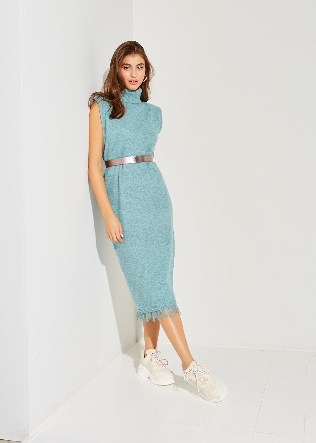 Midi knitted dress